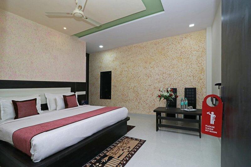 Oyo 10133 Hotel Rama Grand Hs