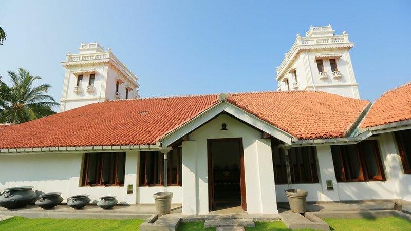 Yoho Monsoon Villa