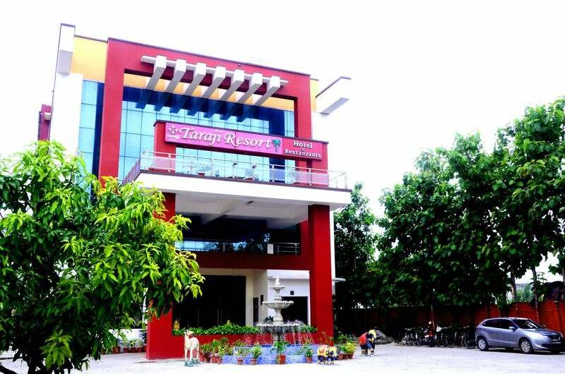 Taraji Resort Hotel and Restaurant