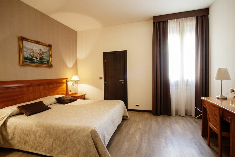 Astoria Suite Apartments