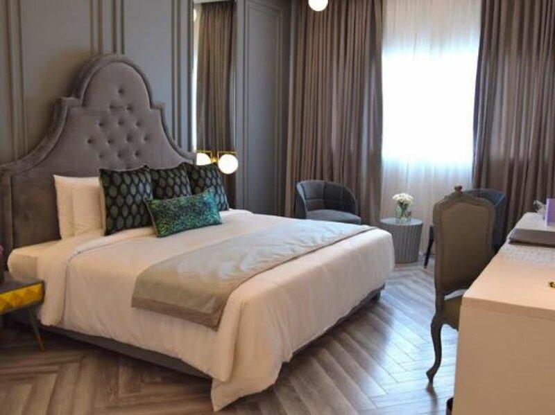 Nishat Hotel Johar Town