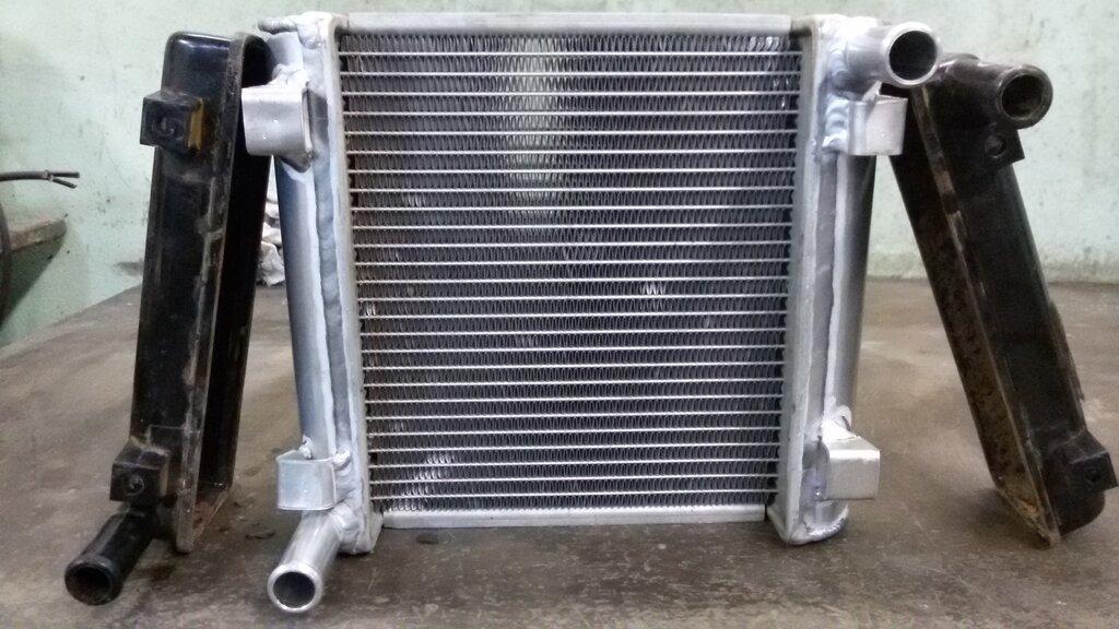 Фотографии радиаторов автомобиля