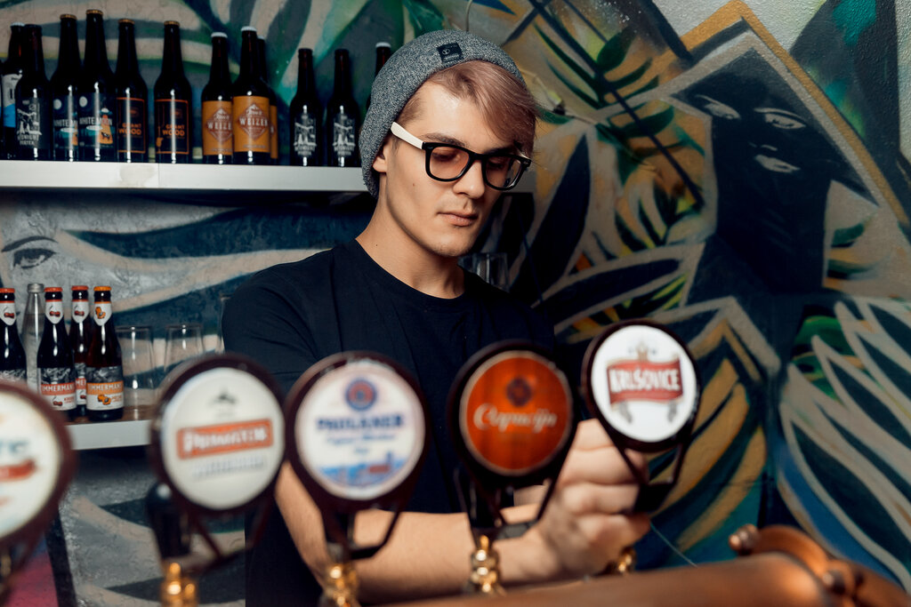 pub, bar — Stay True Bar — Saint Petersburg, фото №4