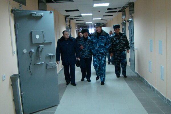 Опасное соседство: жители томского села жалуются на уголовников из исправительного центра