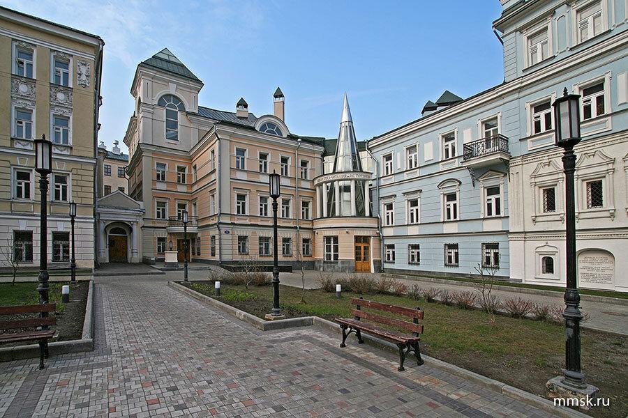 библиотека — Библиотека-читальня им. И. С. Тургенева — Москва, фото №2