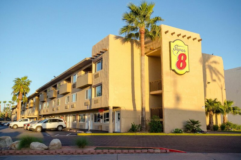 Super 8 by Wyndham Las Vegas North Strip/Fremont St. Area