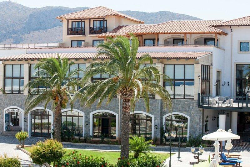 Отель Creta Maris
