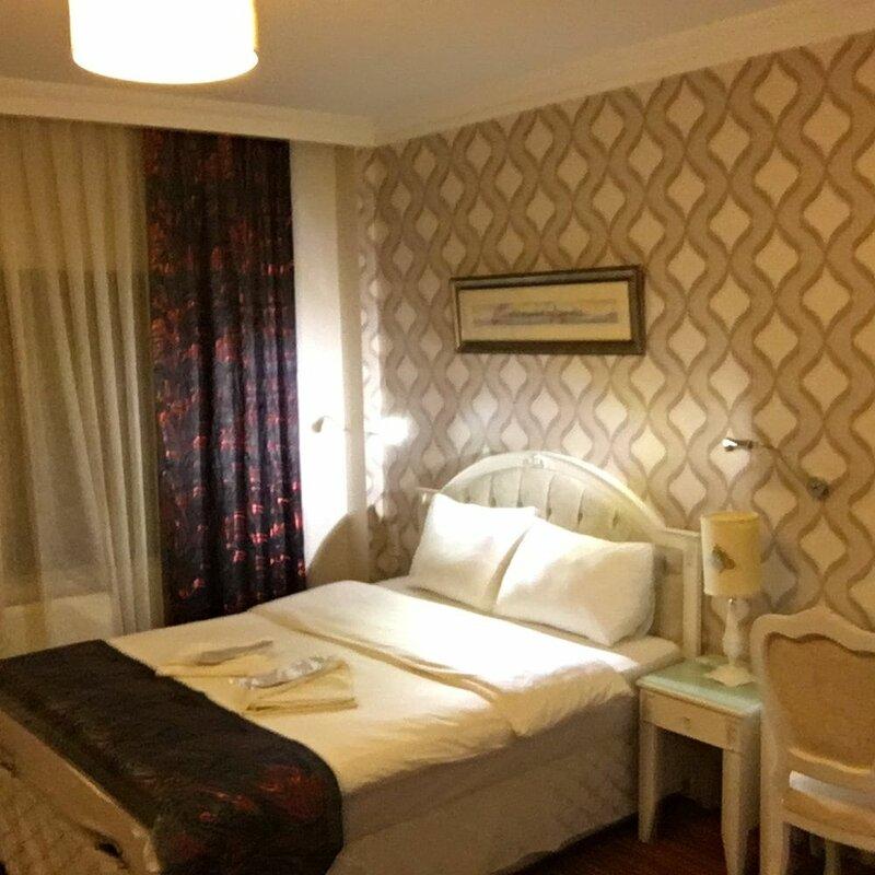 Peteks Hotel