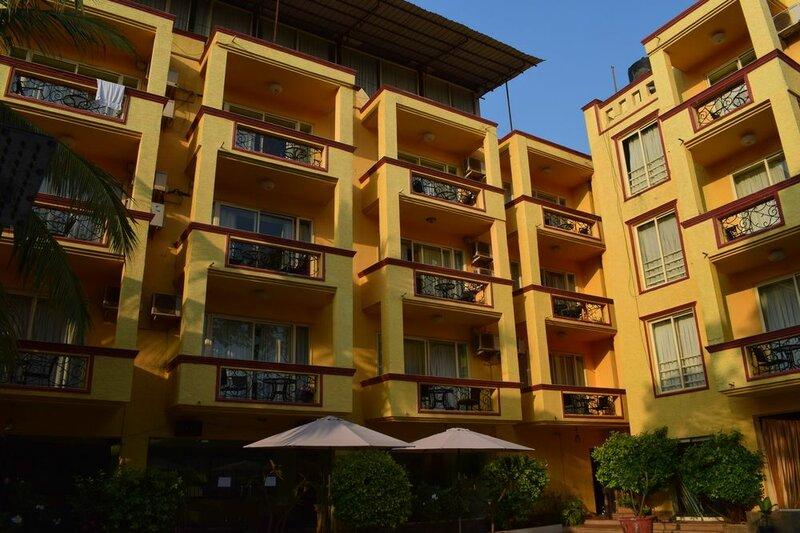 Отель Meraden La Oasis