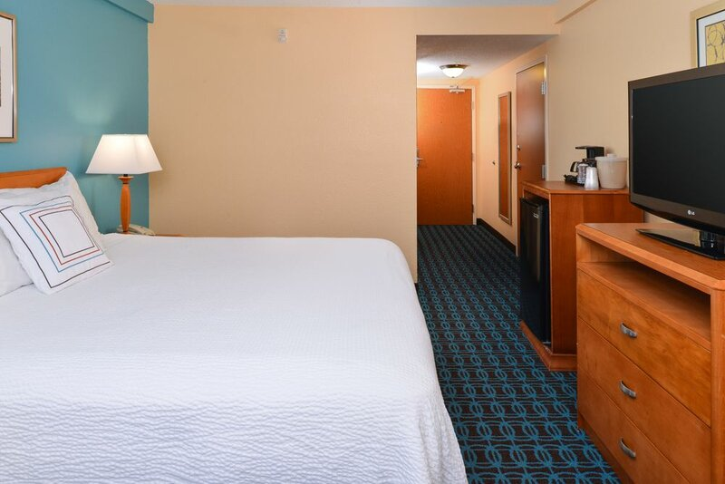 Fairfield Inn And Suites by Marriott Lexington Georgetown/College Inn