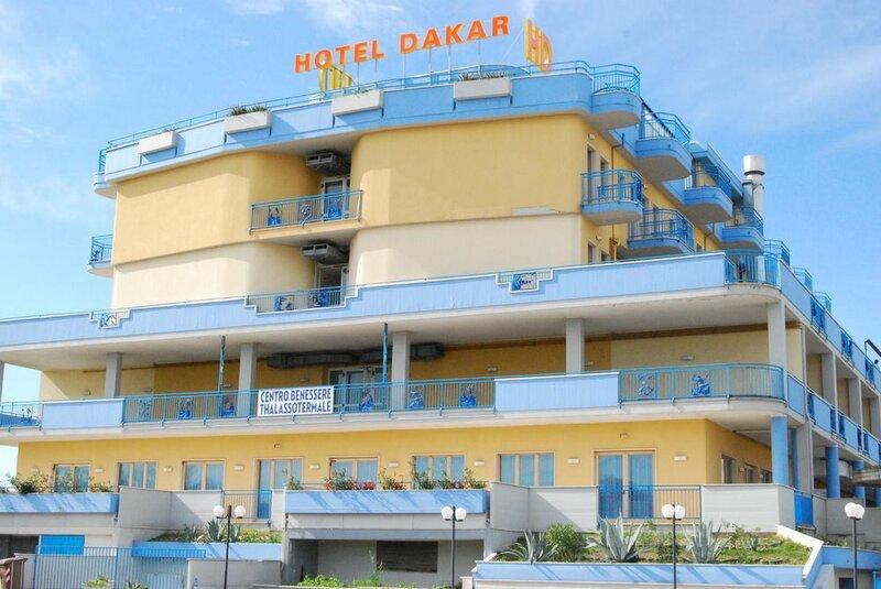 Dakar Living
