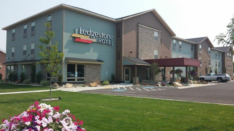 Ledgestone Hotel Vernal