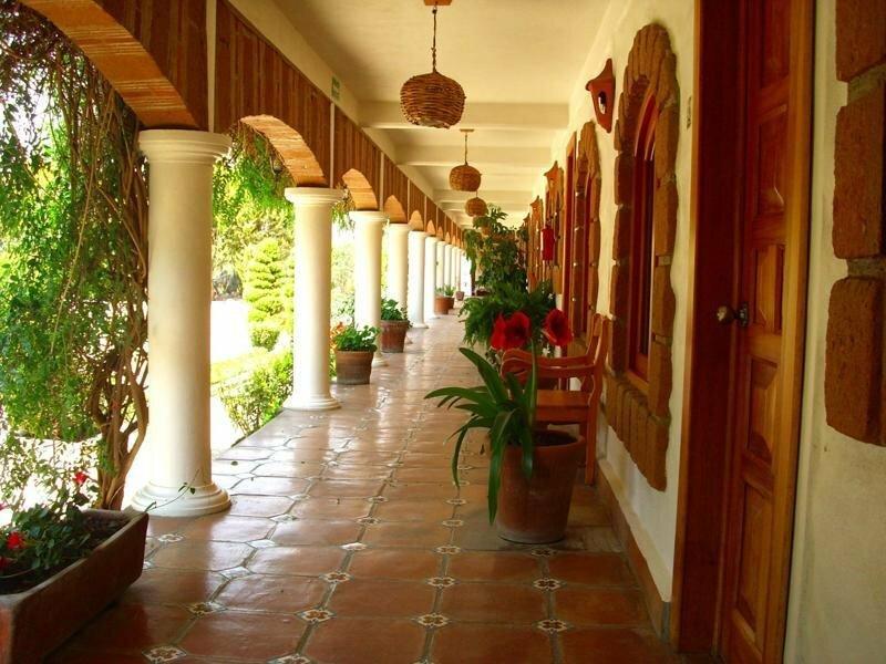 Hotel El PortÓn