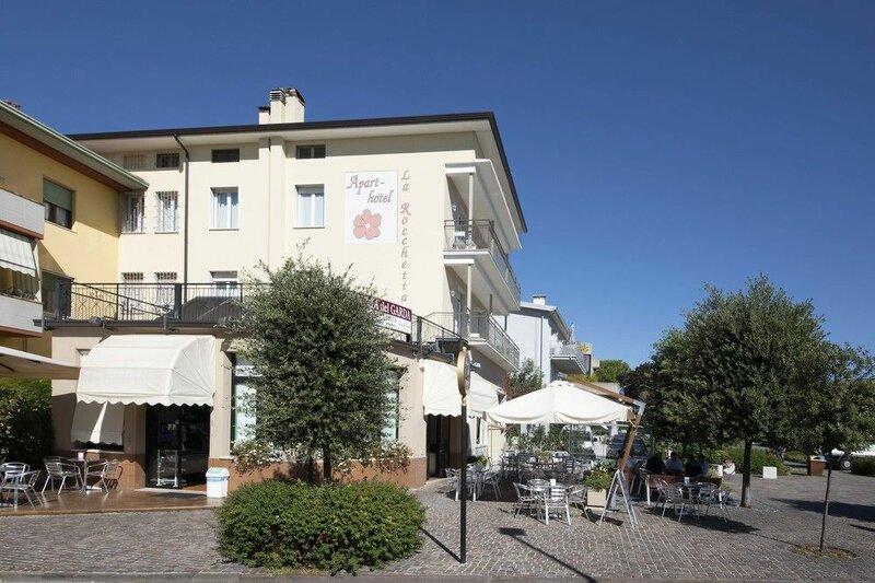 Apart-Hotel La Rocchetta