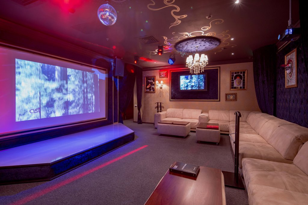 Ночной клуб маруся в москве эротическое шоу видео смотреть онлайн