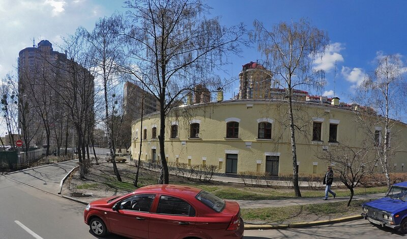 Apartment on Yevhena Konovaltsia