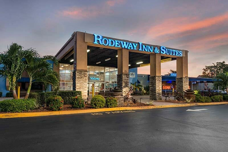 Rodeway Inn & Suites Airport/Cruise Port