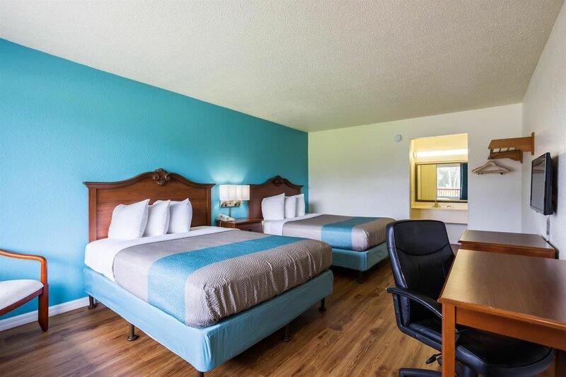 Motel 6 Spring Hill, Fl - Weeki Wachee