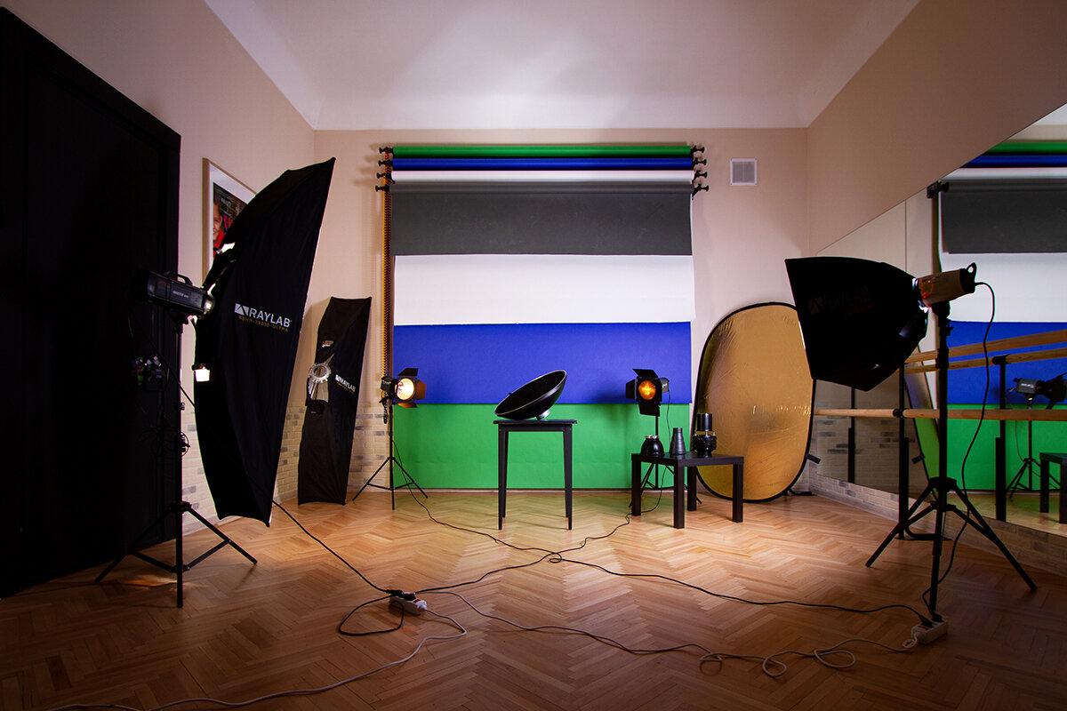 информация о фотостудии всего установкой занимаются