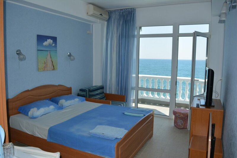 More U Poroga Mini-Hotel