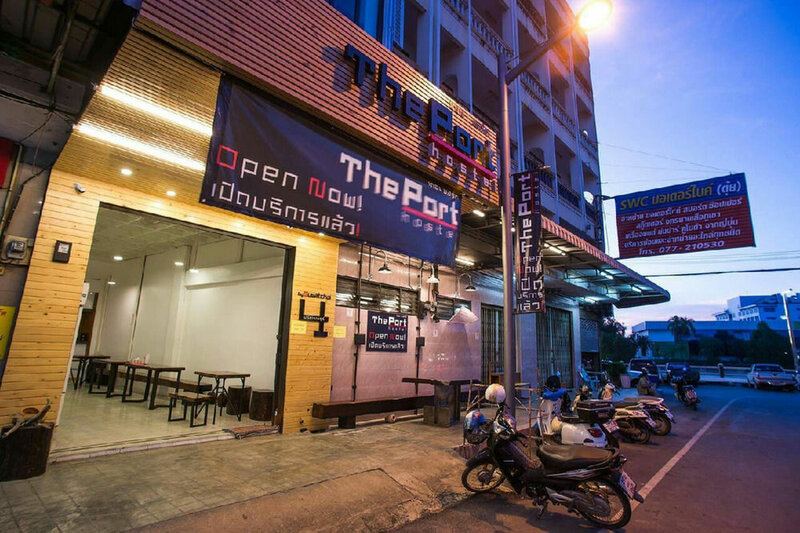 The Port Hostel by Suwatchai