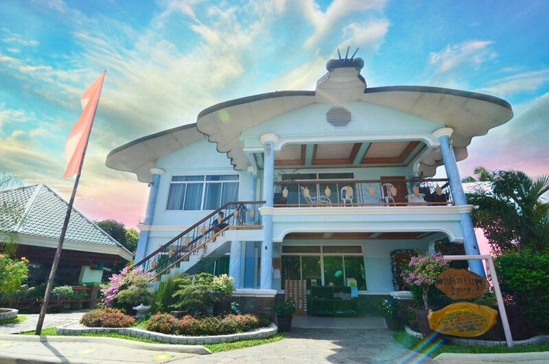 Stargate Dream Vacation Resort
