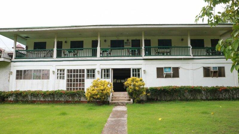 Cabua-an Beach Resort - Hostel