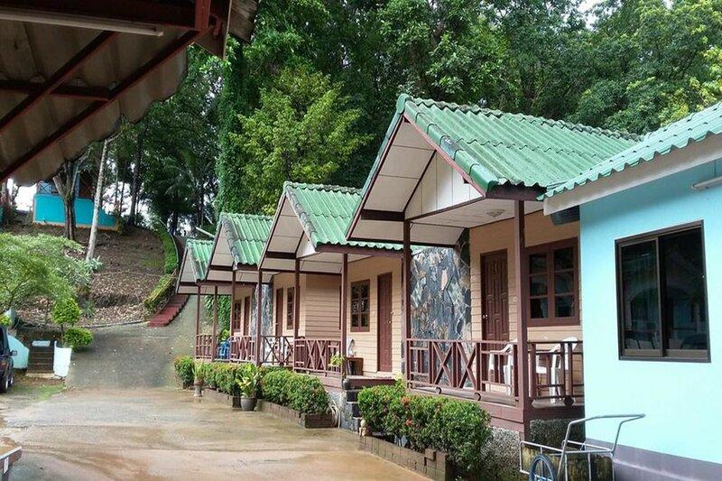 Giant Bungalow Koh Chang