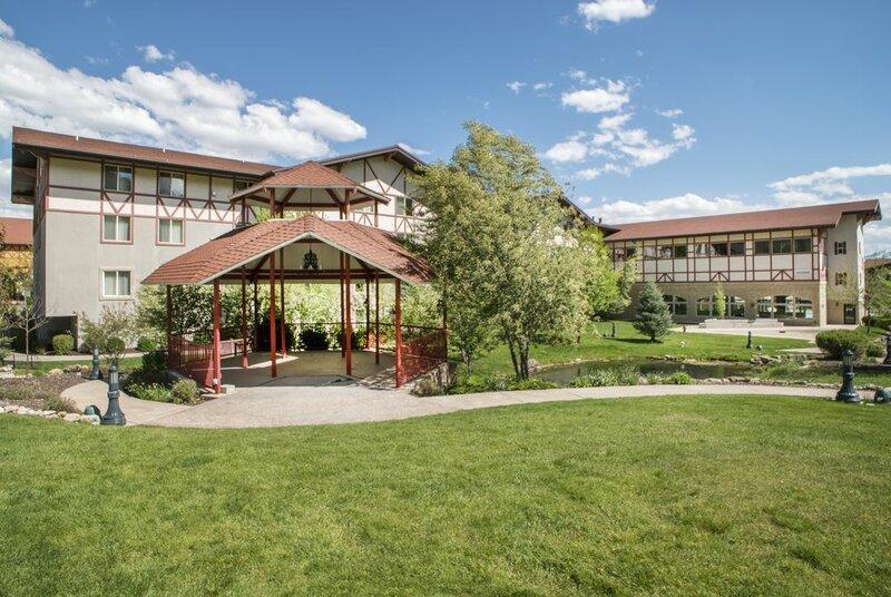 Chateau Villas at Zermatt Resort Vacation Properties