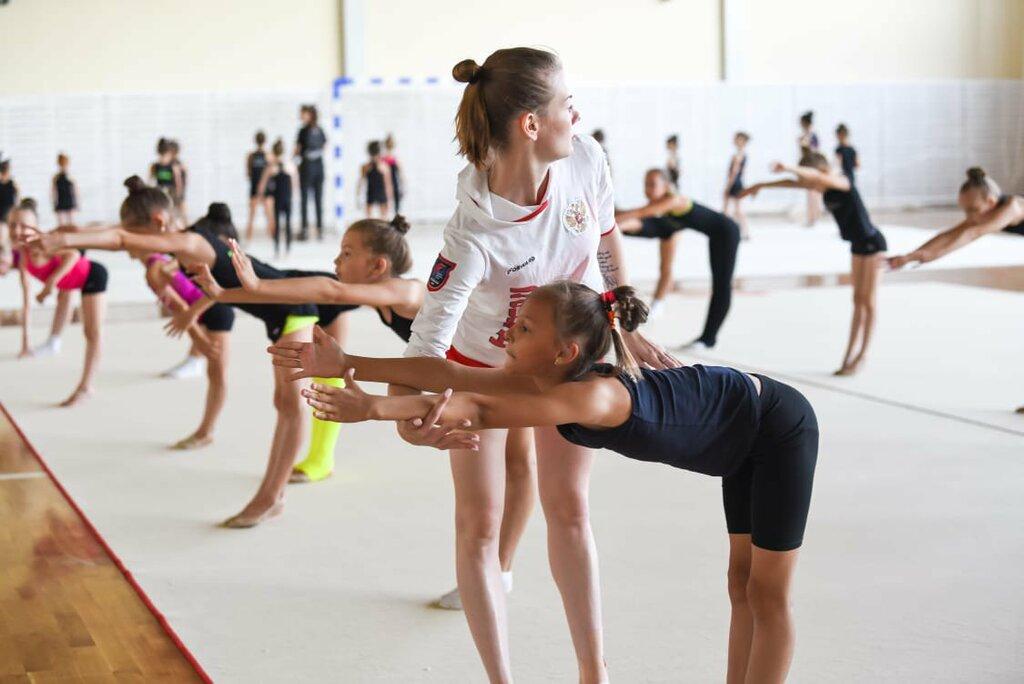 Фотобанк лори гимнастика результате смыва