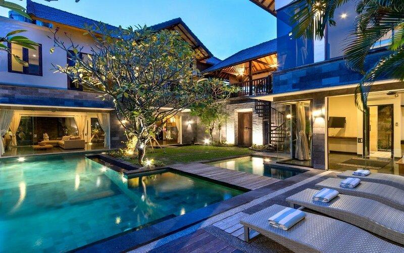 Villa Putih Seminyak