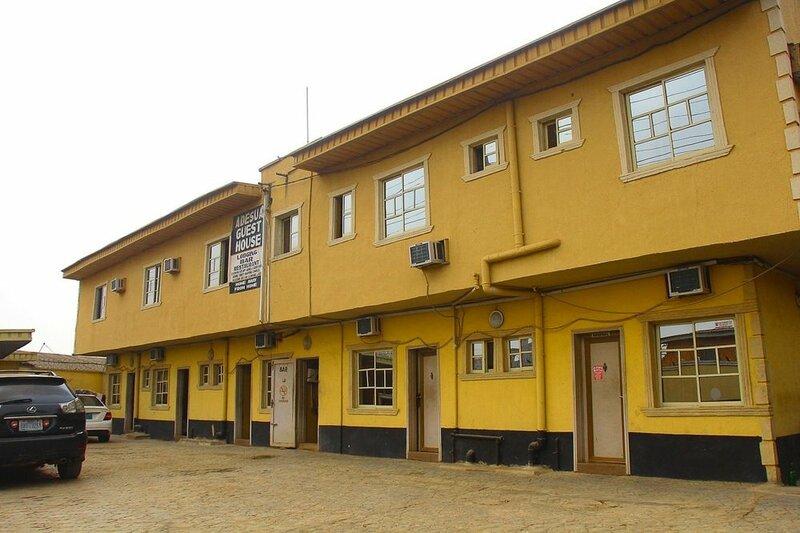 Adesuwa Royal Guest House Ipaja