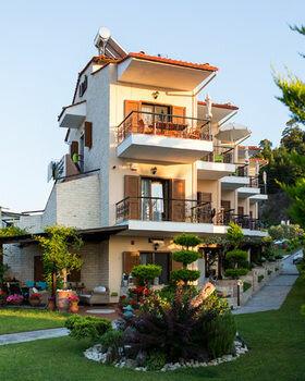 Akrathos Luxury Villas
