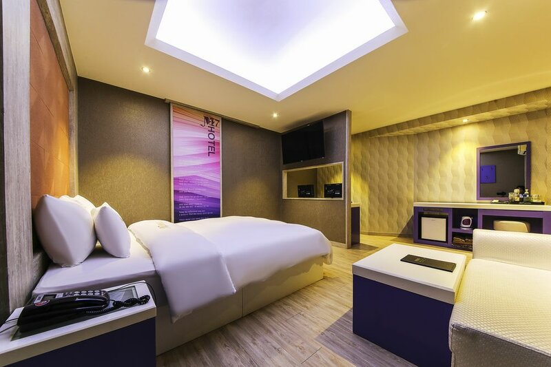 M7 Hotel
