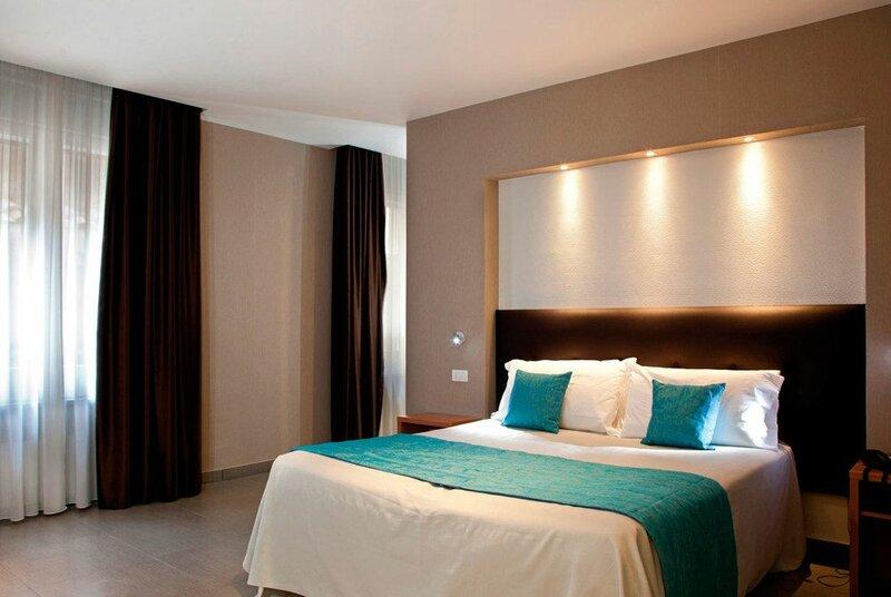 Napolit'amo Hotel Medina