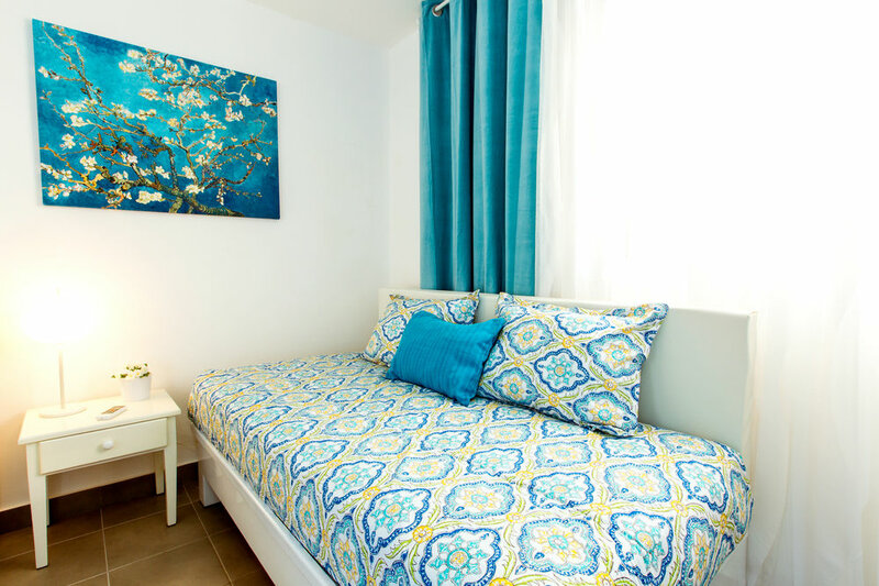Hotel Tropicana Suites Deluxe Beach Club & Pool