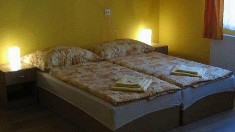 Hostel Altis Prague