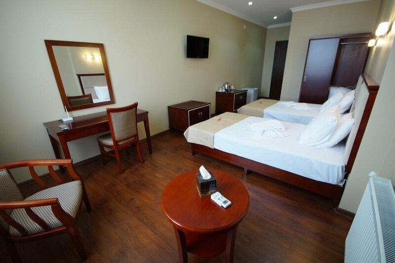 Hotel 725