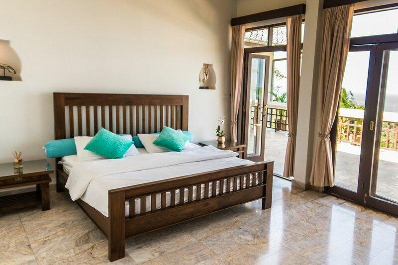 Jungle Emerald Rock Luxury Villa