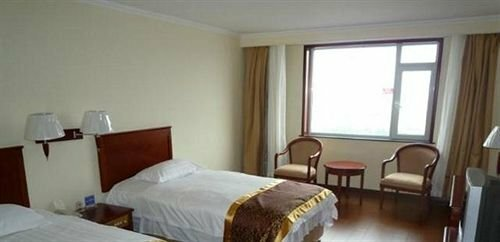 Ruiting Hotel Taidong - Qingdao