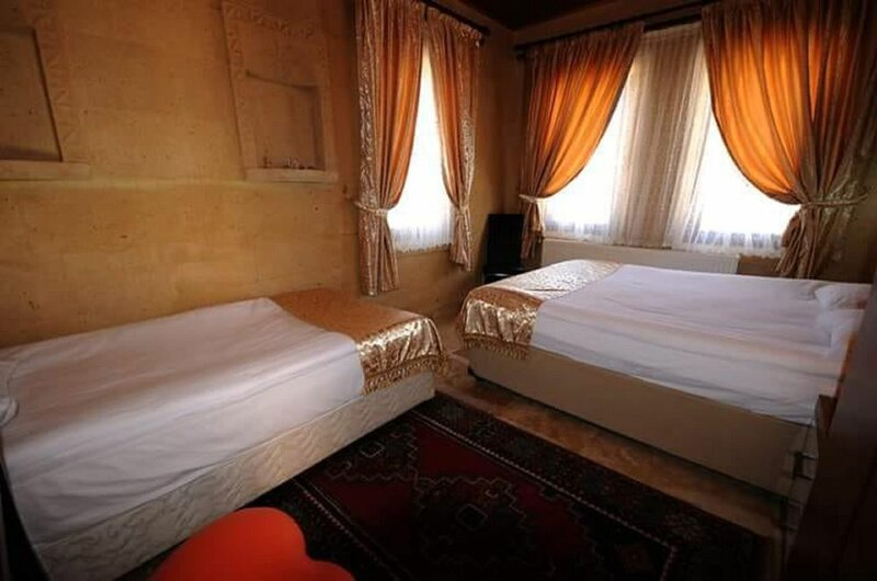 Arno Valley Hotel