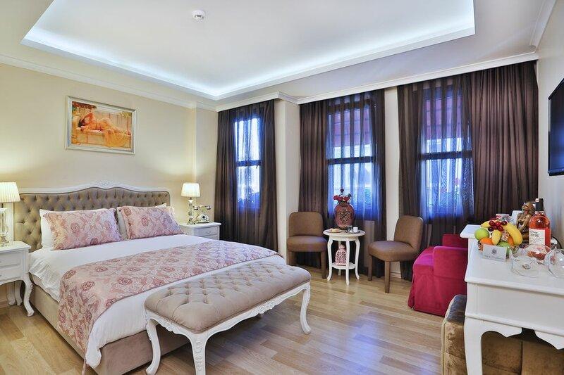 Bon House & Hostel