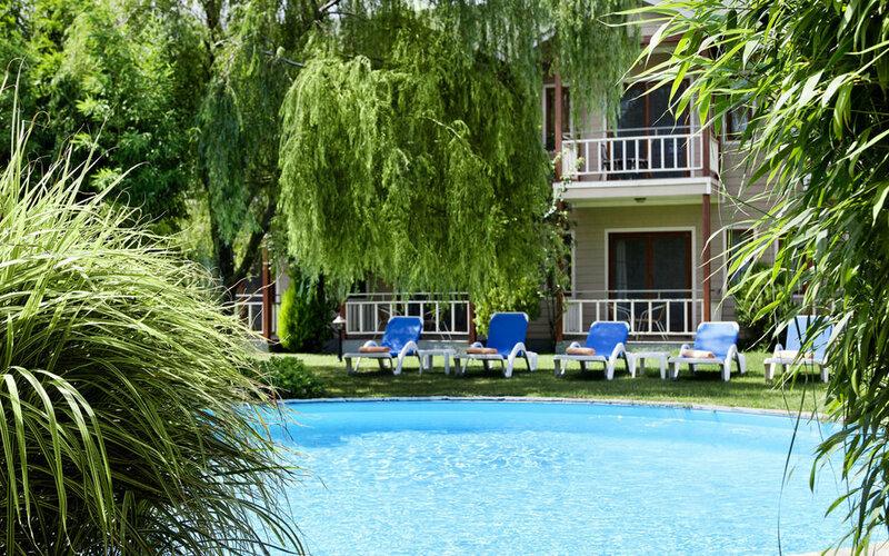 Village Park Hotel