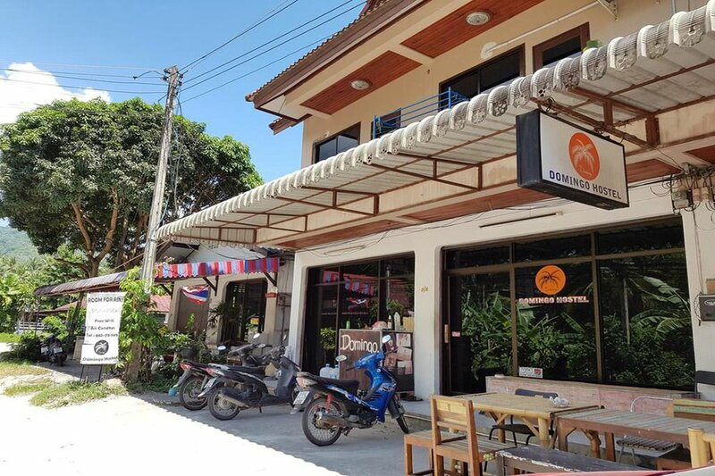 Domingo Hostel Phangan