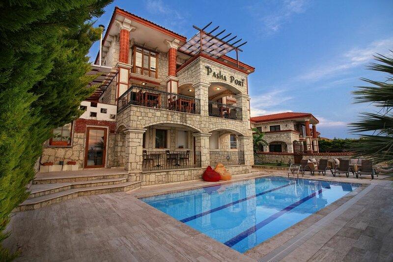 Pasha Port Hotel & Restaurant