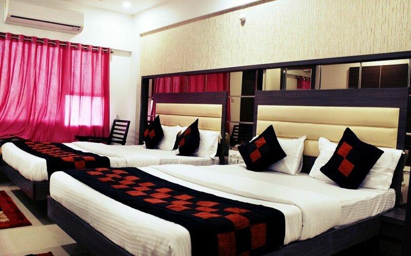 Hotel Gomti