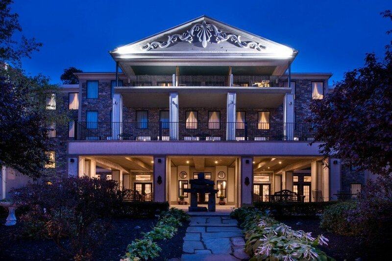 Niagara Crossing Hotel & SPA