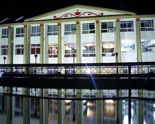 Shahee Resorts