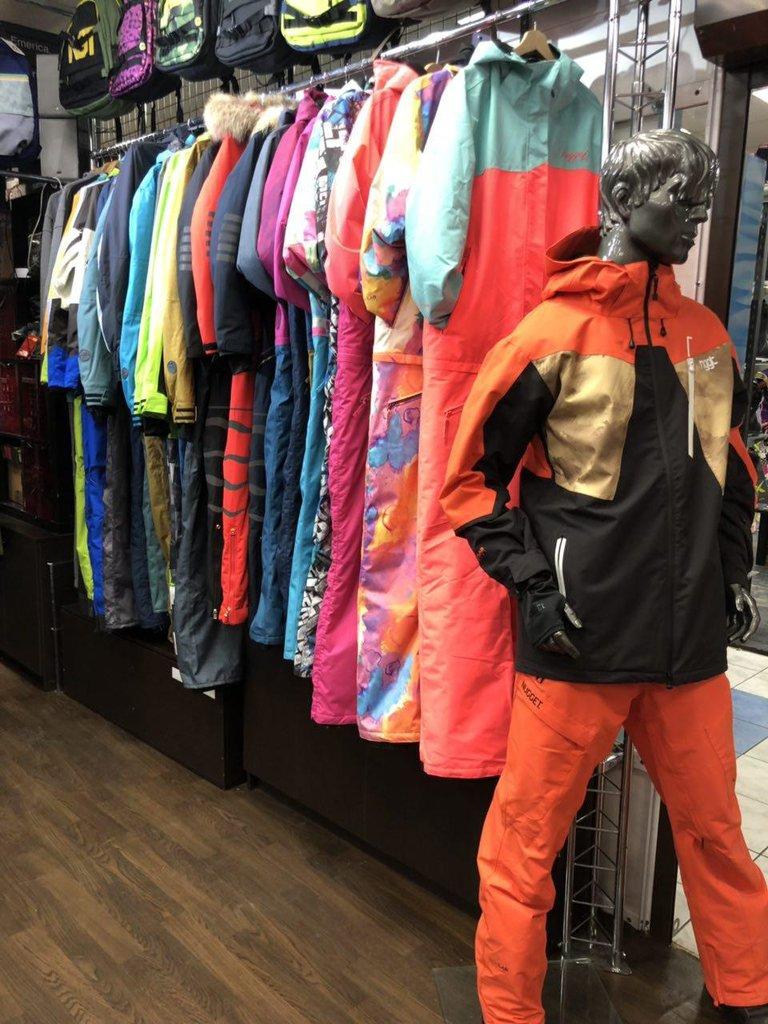 9b2e5ba4c1689 спортивная одежда и обувь — Магазин сноубордической одежды Позитив —  Москва, фото №4
