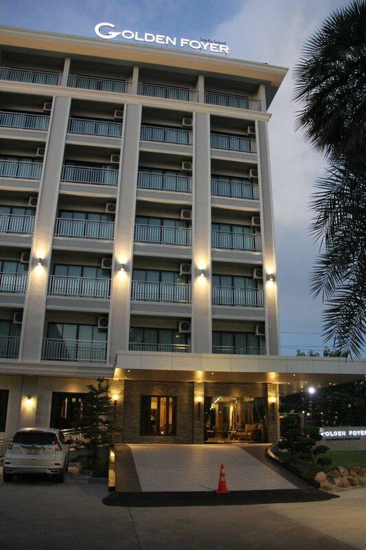 Golden Foyer Suvarnabhumi Airport Hotel